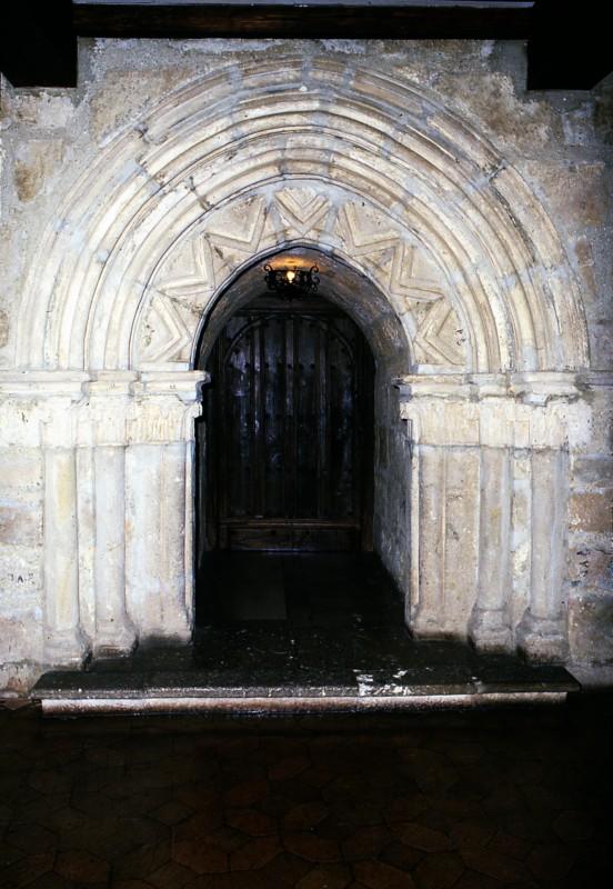 Castillo Portada Románica